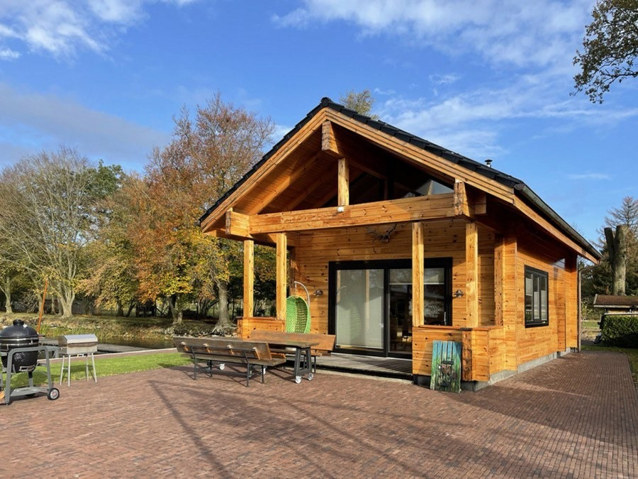Country house with a sauna of profiled laminated timber 80 m2 project «Danube»